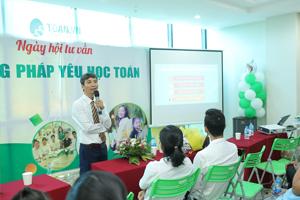 Toán.vn Nam Hồng-Rộn ràng ngày đón học sinh, phụ huynh
