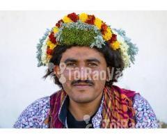 Nơi đàn ông đội hoa trên đầu để làm đẹp. Hoa tươi Đông Châu