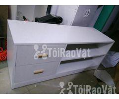 Bán tủ ti vi 1m3 màu trắng đẹp mới 100% chưa qua sử dụng