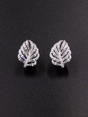 Model No LYE-226662B The new Platinum Plated Zircon Drop stud Earring with White