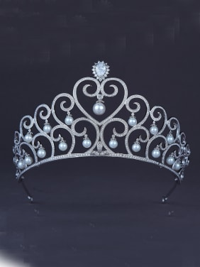 Fashion Platinum Plated Heart Wedding Crown