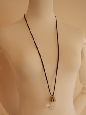 Unisex Exquisite Bulb Shaped Necklace