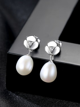 Sterling Silver 7-8mm natural pearl earrings
