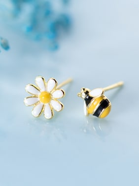 925 Sterling Silver With Gold Plated Cute Asymmetric Bee Flower Stud Earrings