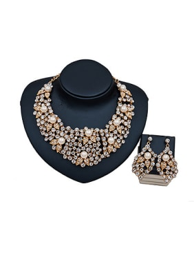 Exaggerated Pearl Glass Two Pieces Jewelry Set
