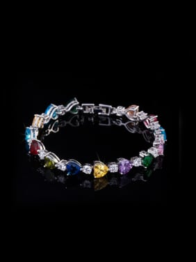 Exquisite Heart-shape AAA Zircon Bracelet