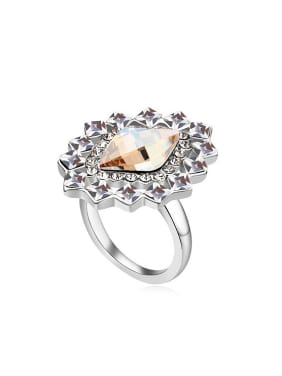 Exaggerated Geometrical Swarovski Crystals Alloy Ring