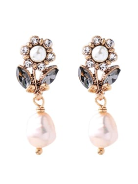 Retro Style Artificial Pearls Temperaments Drop Earrings