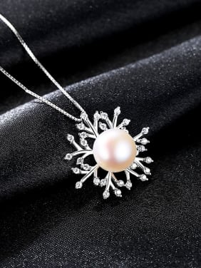 Sterling Silver with AAA zircon natural pearls and Snowflake Necklace