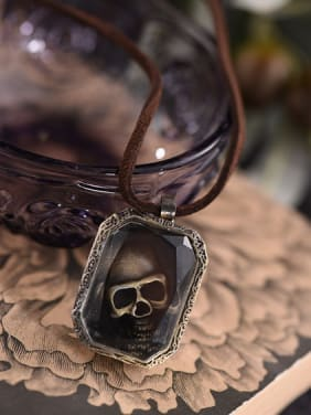 Couples Skull Shaped Lucite Necklace