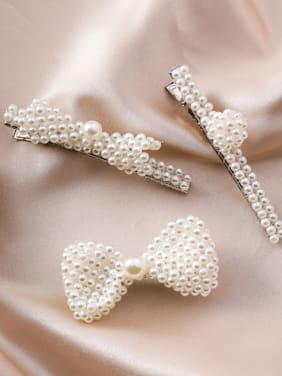 Alloy With  Trendy Bowknot Beads Barrettes & Clips