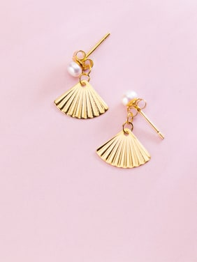 Sterling silver sweet golden fan shaped imitation pearl earrings
