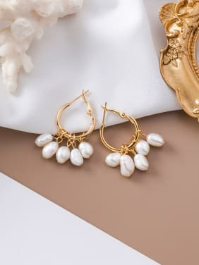 Alloy With Gold Plated Fashion  Imitation Pearl Charm Earrings
