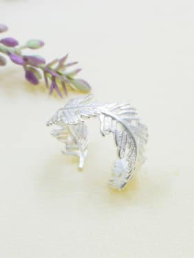 Trendy Feather Shaped Silver Plated Ring
