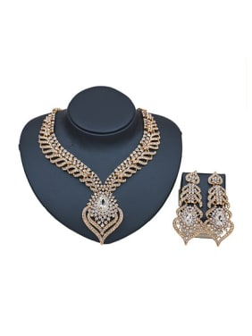 Heart shaped Glass Rhinestones Two Pieces Jewelry Set