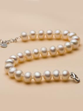 Classical Freshwater Pearls Bracelet
