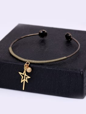Personality Open Design Star Shaped Bangle