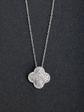 Micro inlay Zircon Lucky Clover  925 Silver Necklaces