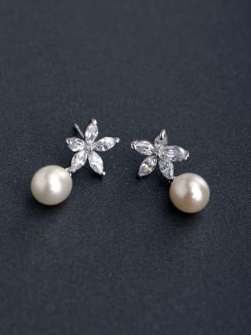 Micro inlay Zircon flower Imitation pearls 925 silver Stud earrings
