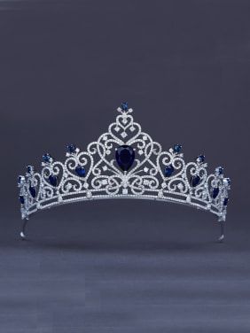 The new Platinum Plated Zircon Heart Wedding Crown with Navy