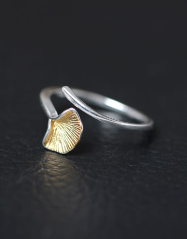 Fashion Ginkgo Leave Opening Statement Ring