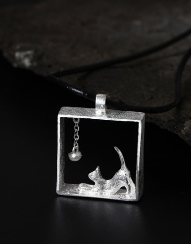 S925 Silver Lovely Cat Square Pendant