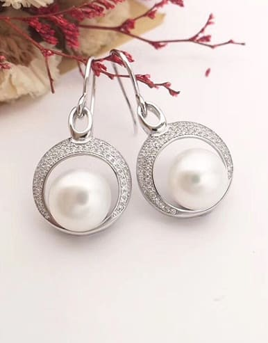 Freshwater Pearl Crescent shaped hook earring