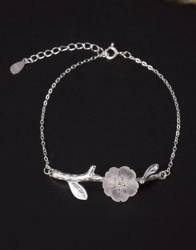 Natural Crystal Plum Blossom Bracelet