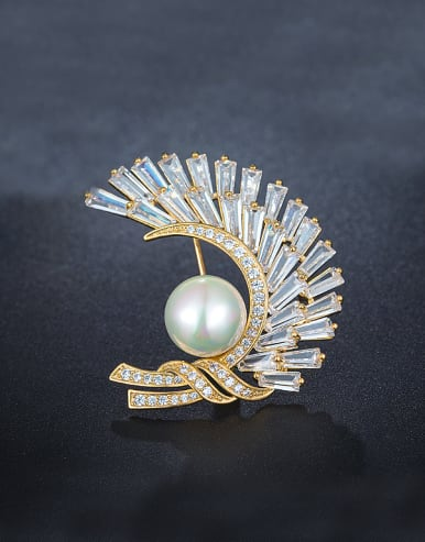 Zircon Pearl Corsage
