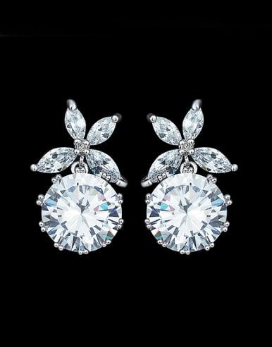 Simple Shiny Zircon Stud Earrings
