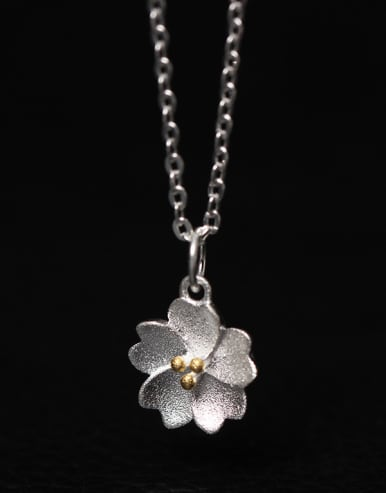 Blossom Flower Women Clavicle Necklace