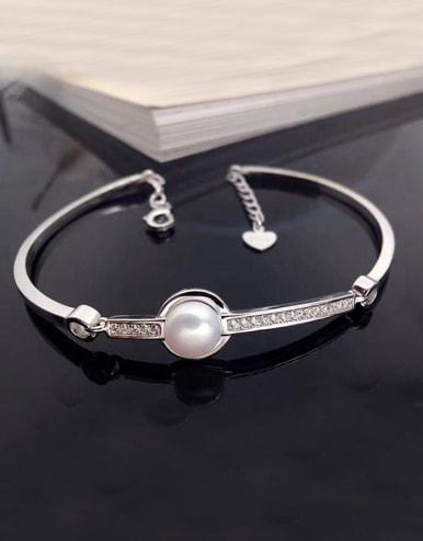 2018 Simple Freshwater Pearl Bracelet