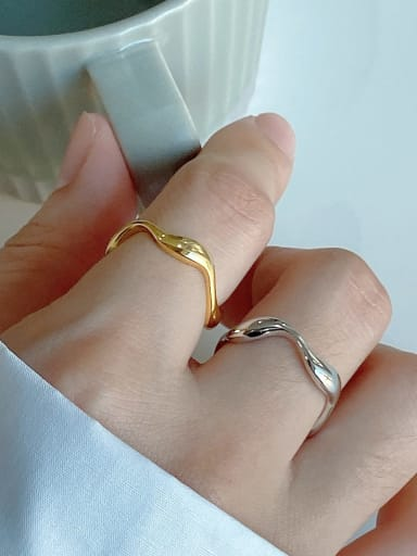 925 Sterling Silver With Gold Plated Simplistic Curve Round Band Rings