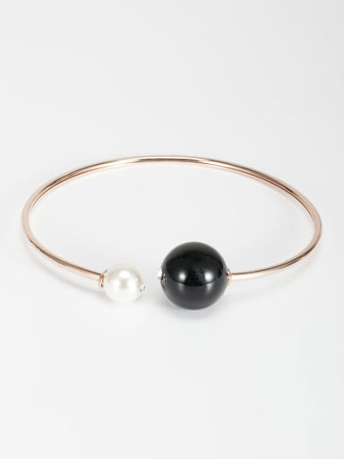 Rose Plated Zinc Alloy Round Pearl Necklace