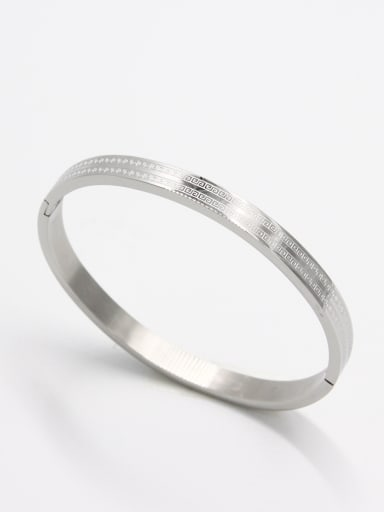 Mother's Initial White Bangle with        59mmx50mm
