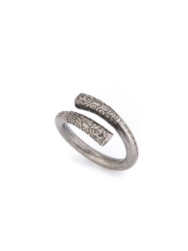 A Silver-Plated Titanium Stylish  Statement Ring Of Personalized