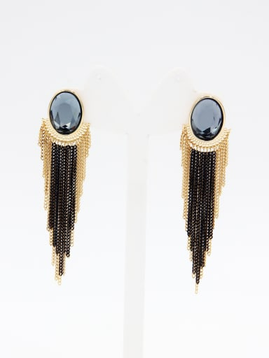 A Gold Plated Stylish Swarovski Crystals Drop drop Earring Of chain