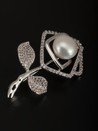 Round Platinum Plated Pearl White Lapel Pins & Brooche