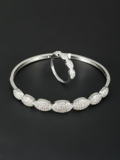 The new Platinum  White Plated Zircon 2 Pieces Set
