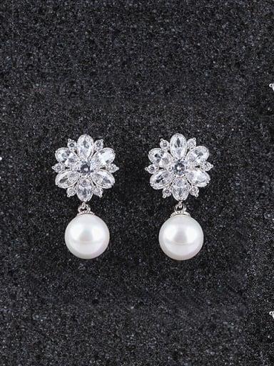 Elegant Female Binglinghua Zircon Cluster earring