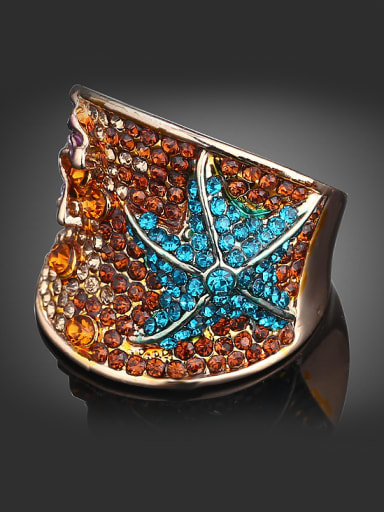 Exaggerated Starfish Cubic Rhinestone-covered Gold Plated Alloy Ring