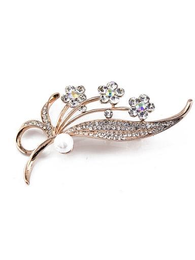 Flower-shaped Pearl Brooch