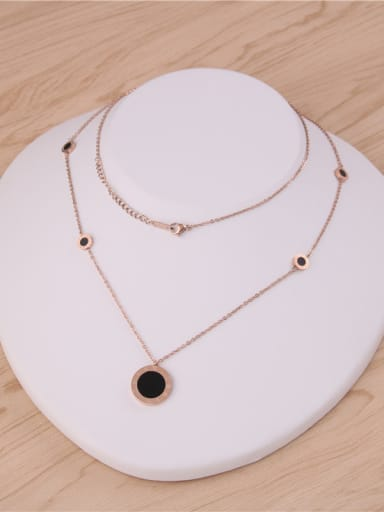Black Disk Rome Letter Sweater Necklace