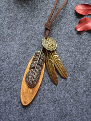 2018 Women Vintage Leaf Shaped Necklace