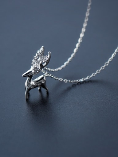 Elegant Deer Shaped Frosted S925 Silver Necklace