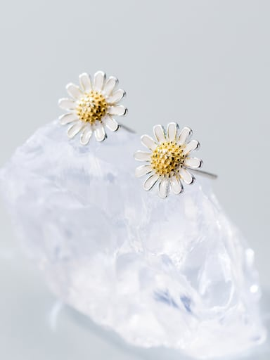 Sterling Silver Daisy double color electroplated ear nail