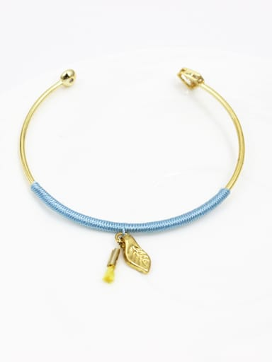 Exquisite Open Design Leaf Shaped Bangle