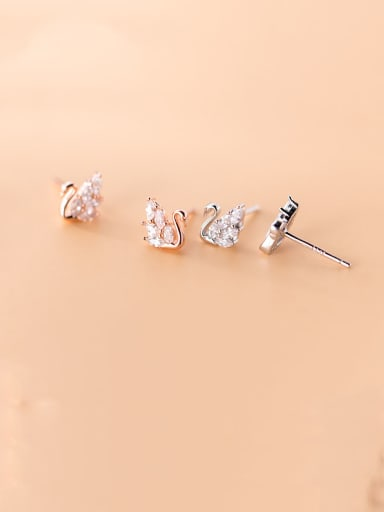 925 Sterling Silver With Cubic Zirconia Classic Swan Stud Earrings