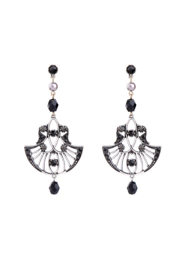 Retro Style Hollow Fashion Rhinestones Drop Earrings