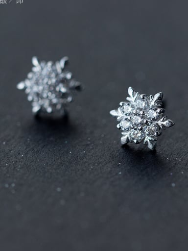 Christmas jewelry:Sterling silver zricon snowflake earring